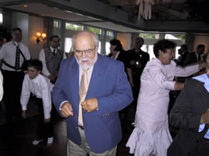 lennie_dancing__wedding.jpg